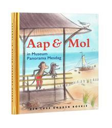Aap en Mol in Museum...
